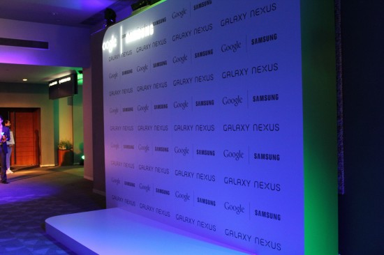 Samsung Galaxy Nexus Harga dan Spesifikasi