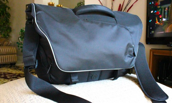 Powerbag front 550x329 Powerbag Review – Juiced Up Bag For The Android Geek On The Go | Tech NEWS