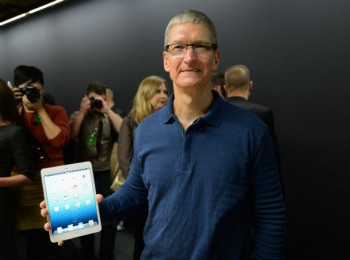 tim-cook-ipad-mini