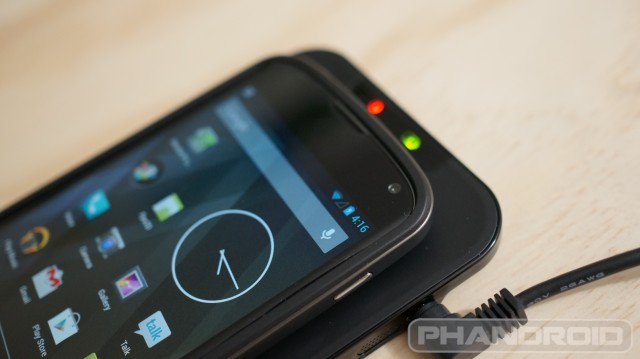 Nexus 4 wireless charging banner