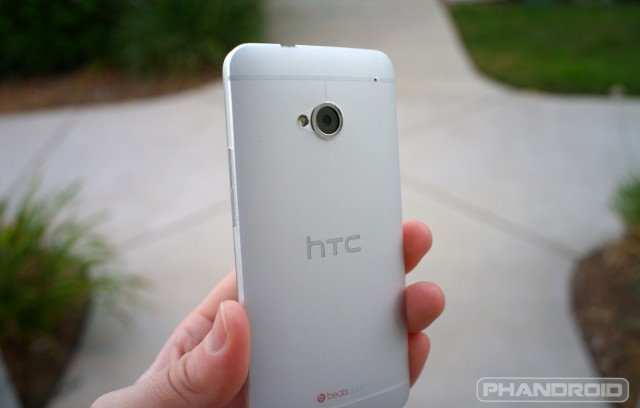 HTC One M7 thin case DSC01076