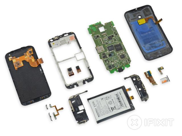 Moto X teardown 3