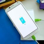 Motorola Moto X charging battery DSC00734