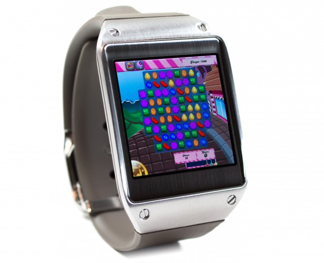 Samsung Galaxy Gear Candy Crush
