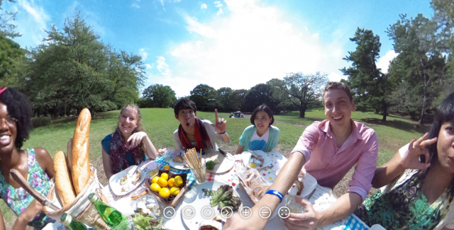Ricoh Theta sample 2
