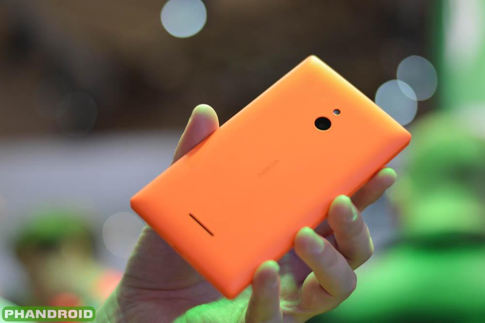 http://phandroid.s3.amazonaws.com/wp-content/uploads/2014/02/Nokia-X-XL-6.jpg