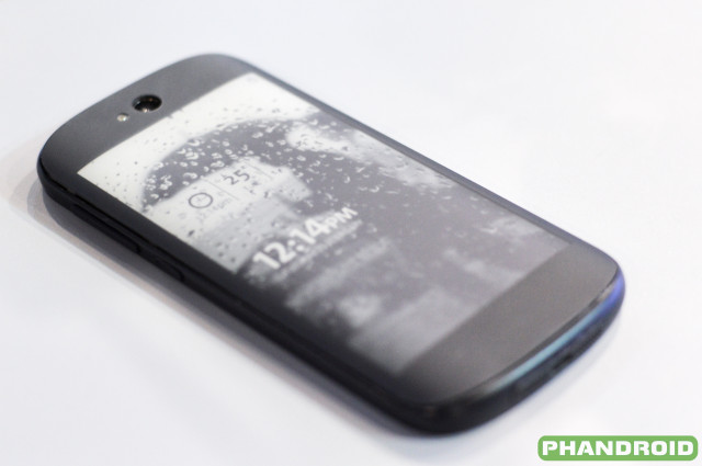 new-yotaphone-4