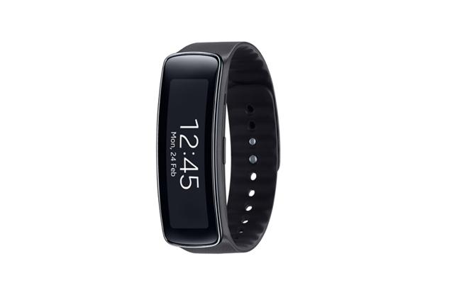 samsung gear fit brings fitness focused smart watch. Black Bedroom Furniture Sets. Home Design Ideas