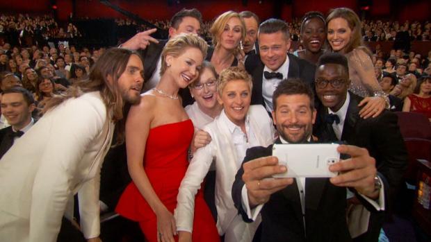 Ellen Samsung Galaxy Note 3 selfie