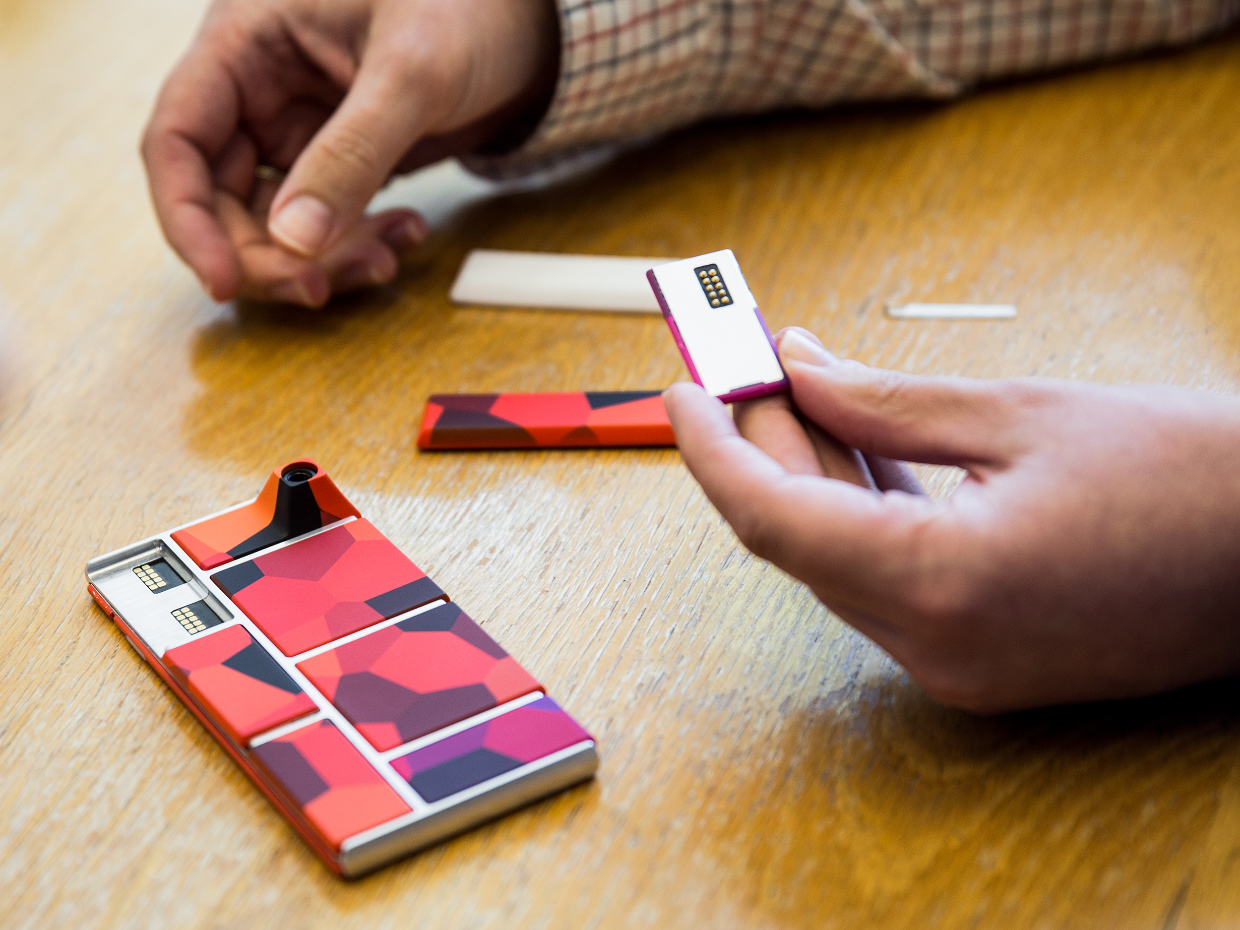Project Ara has a Lion King moment at Google IO