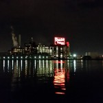 galaxy-s5-domino-sugar-night