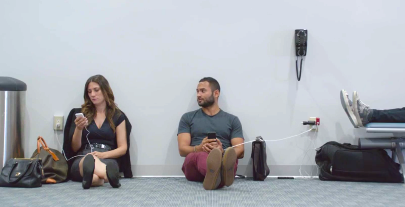 Samsung is back to poking fun at iPhone users in new 'Wall Huggers