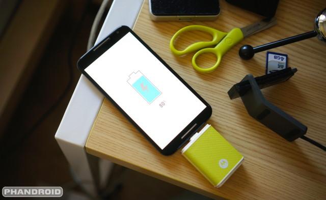 Moto X 2014 charging DSC07076