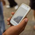 Mumbai_Guy_on_phone_November_2011_-2-5_Closeup