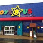 Toys_R_Us_Military_Circle_Mall_Norfolk,_VA_(7018799963)