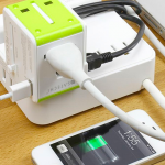 Satechi travel power router charger 1