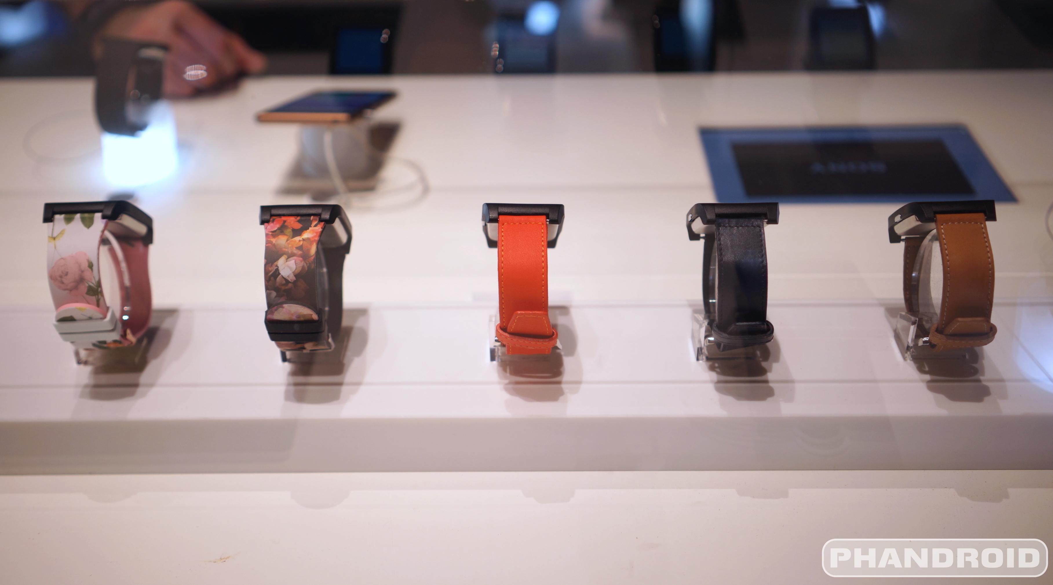 [CES 2015] Nhĩn kĩ hơn vẻ đẹp của Sony Smartwatch 3 bản kim loại - 59365