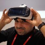 Samsung Gear VR Rob peekaboo DSC08523