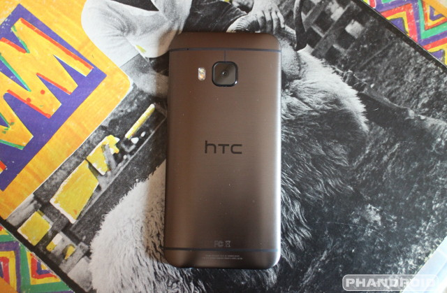 htc-one-m9-rear-straight
