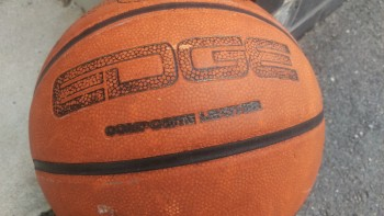 One-M9-Basketball-WithUpdate