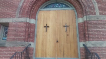 One-M9-Church-Doors-Before