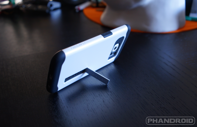 Spigen-Slim-Armor-Galaxy-S6-case
