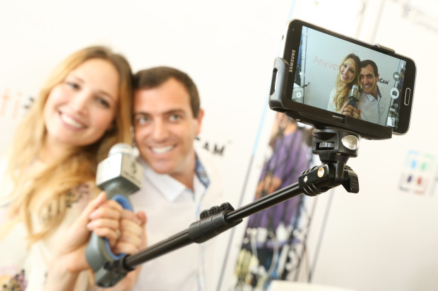 solocam-selfie-stick