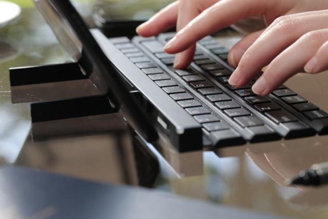 lg-rolly-keyboard-2