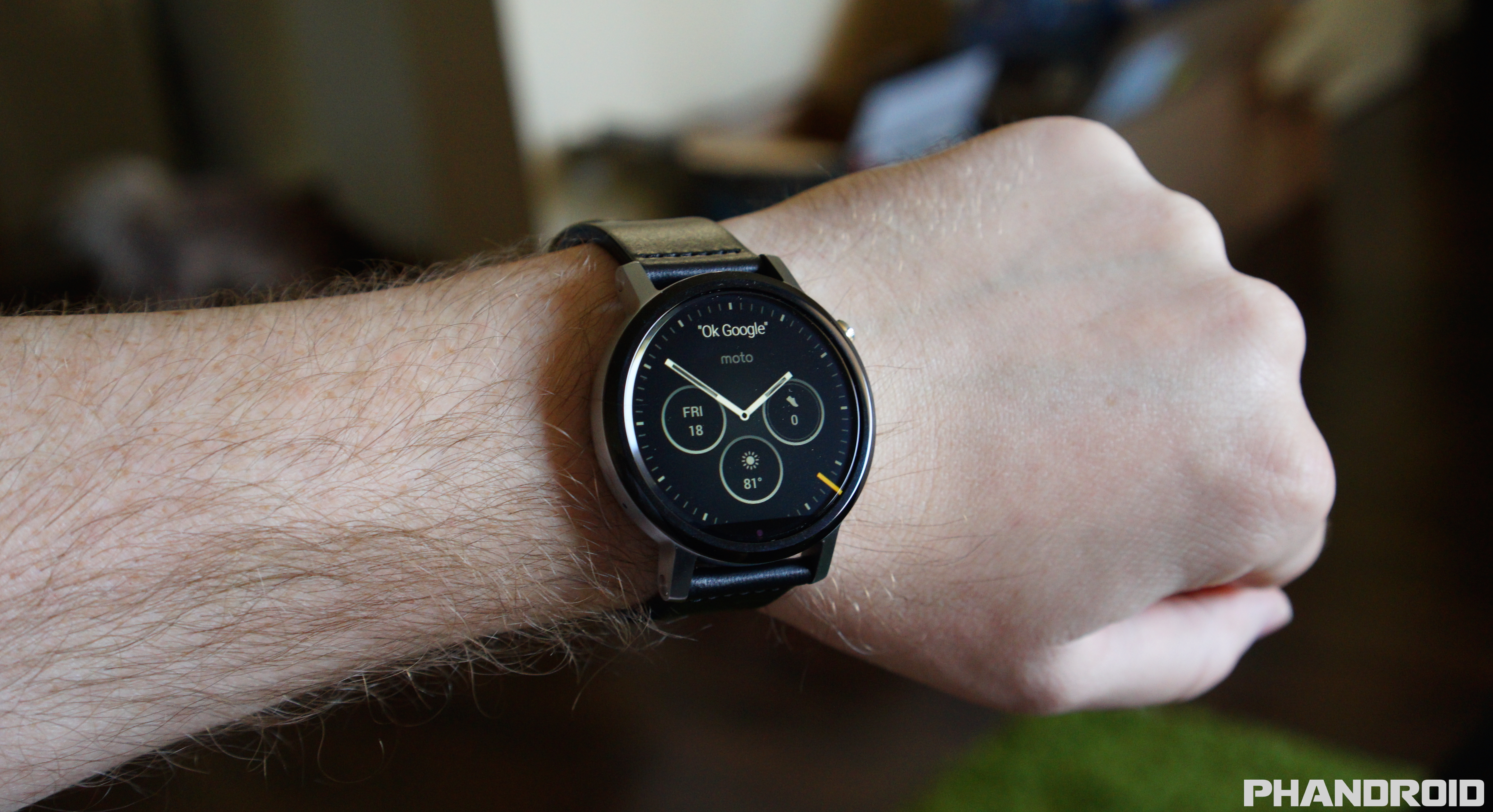 Moto 360 2nd Gen unboxing and first look [VIDEO]