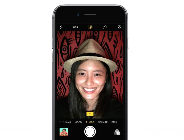 iPhone 6s selfie flash 5MP