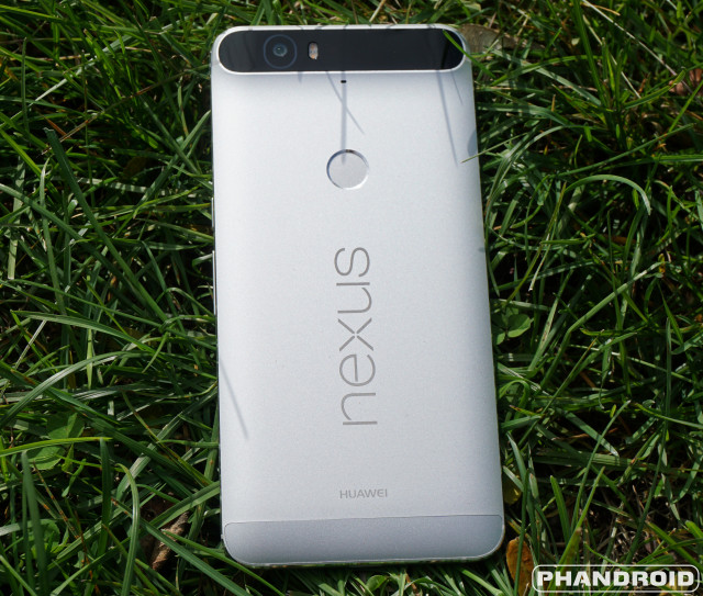 Huawei_Nexus_6P_Rear_Logo