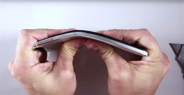 Nexus 6P bend test round 2