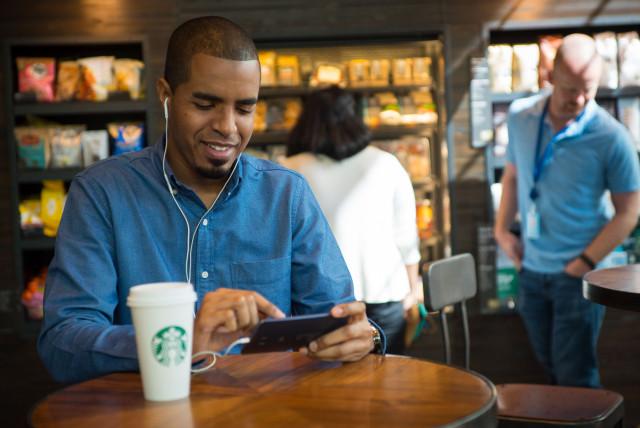 Starbucks__Spotify_(1)