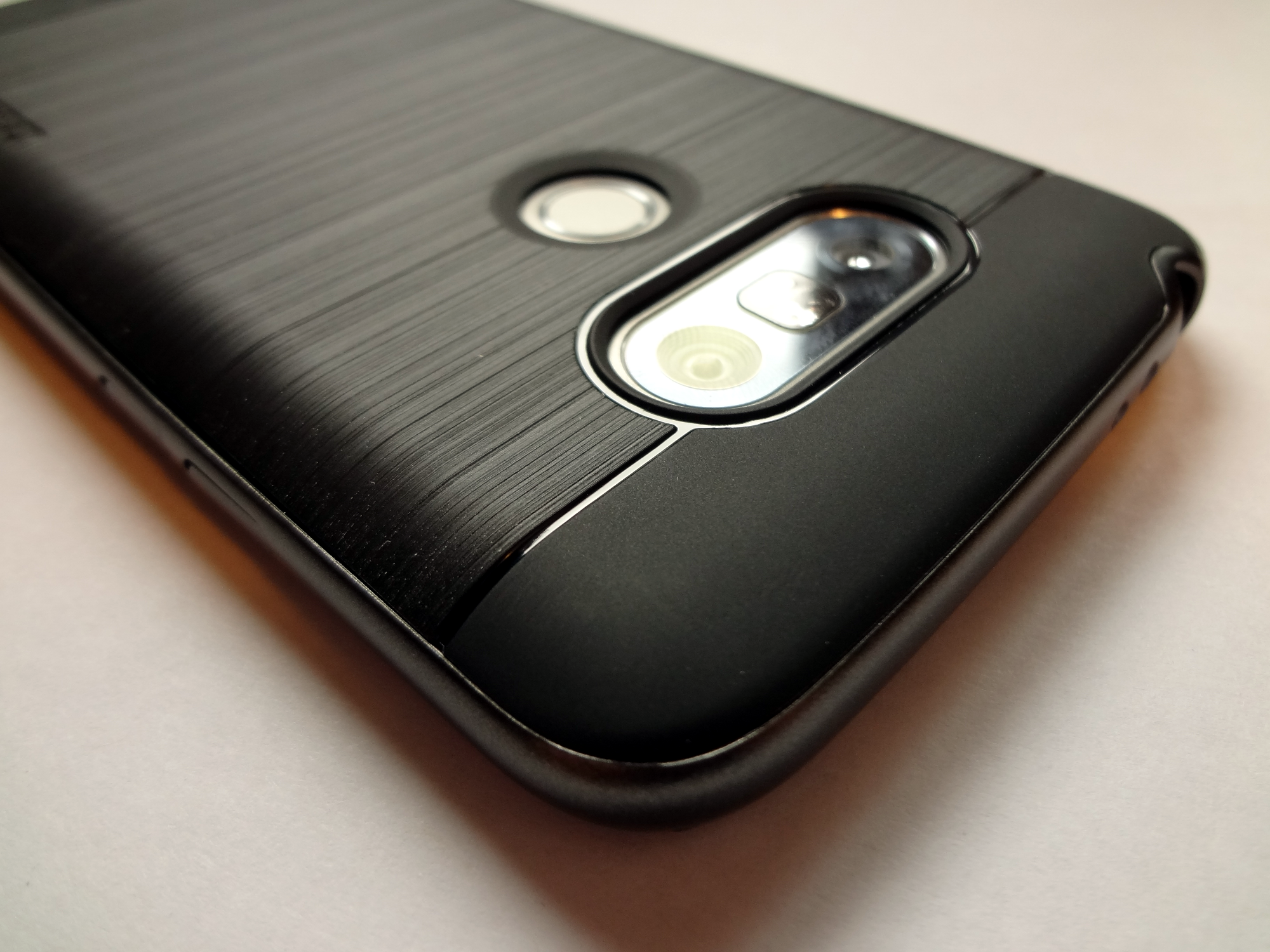 4 Unique Cases For The Lg G5 From Vrs Design Video