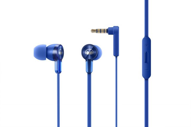 honor unveils the honor band 3 and new bluetooth headphones. Black Bedroom Furniture Sets. Home Design Ideas