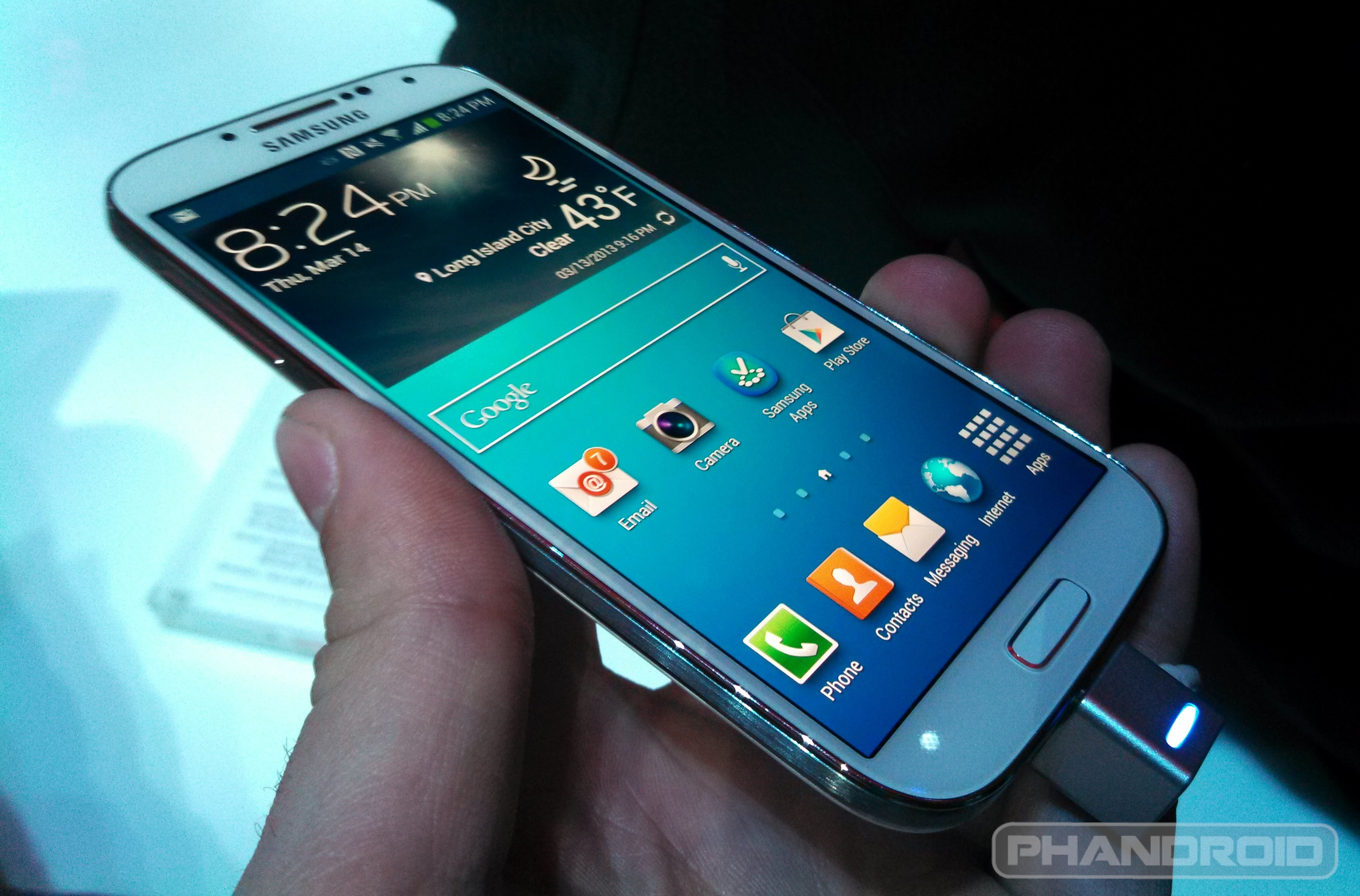 Hands On With The Samsung Galaxy S4 At The Unpacked Event