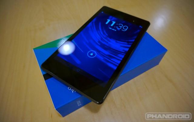 New Nexus 7 atop box