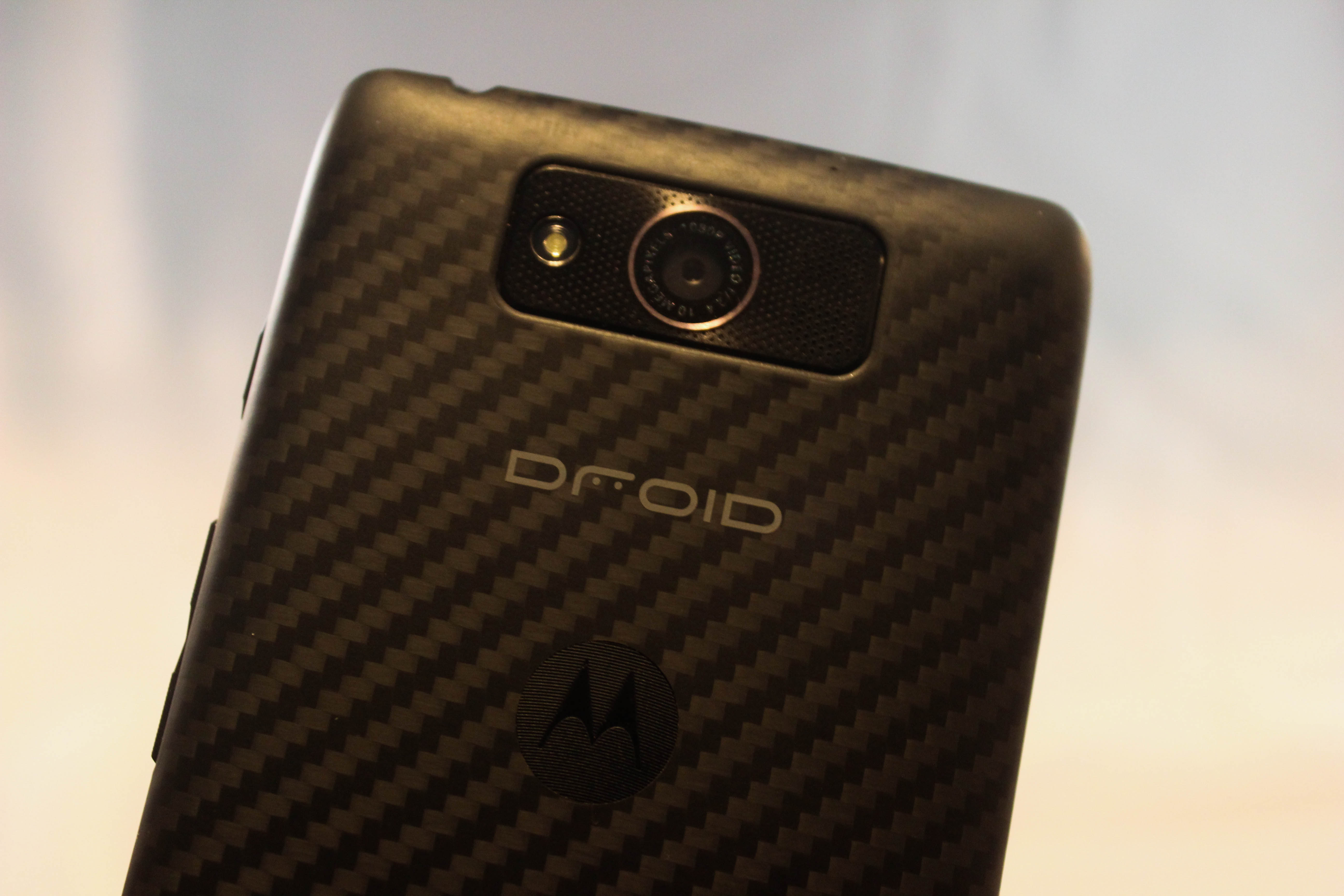 Verizon\'s Motorola DROID MAXX now free with two-year contract