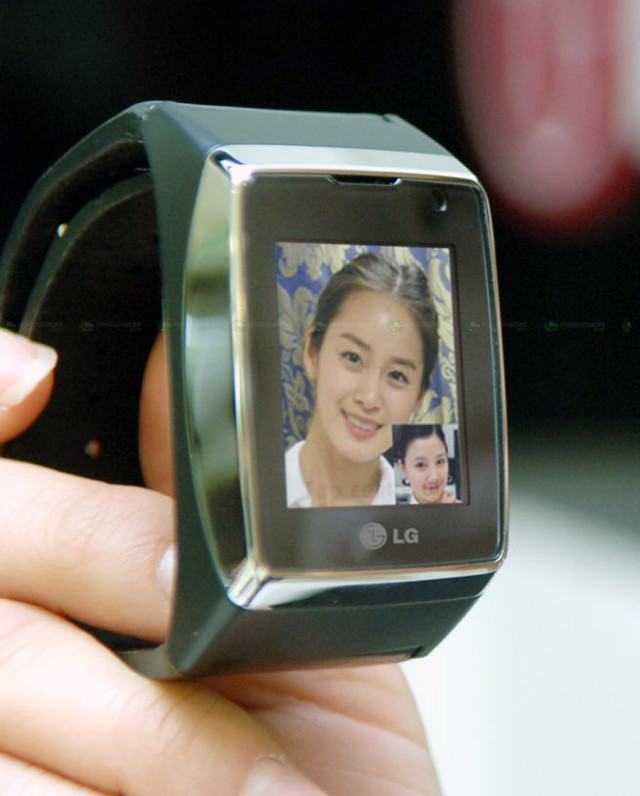 Samsung Galaxy Gear Hands On And Impressions VIDEO