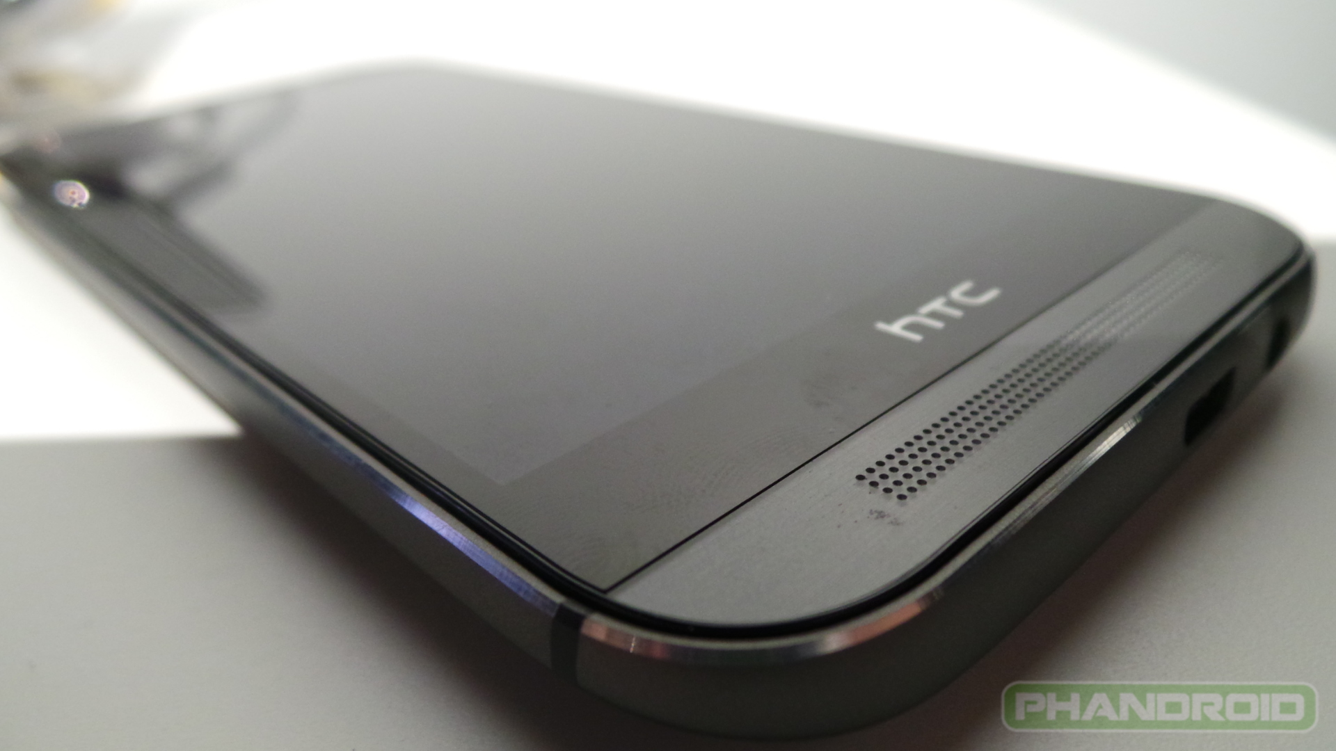 Htc One M8 Hands On 14