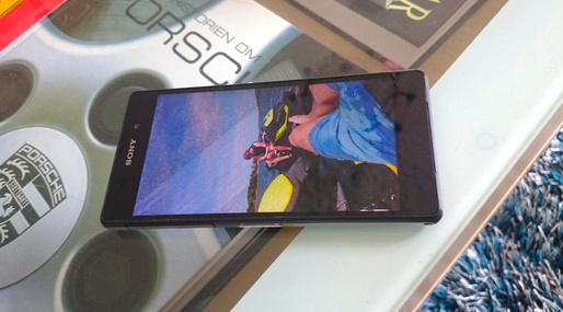 Sony Xperia Z2 Damaged_1