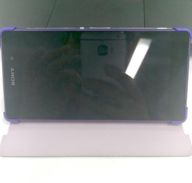HTC One M9 Hima reflection