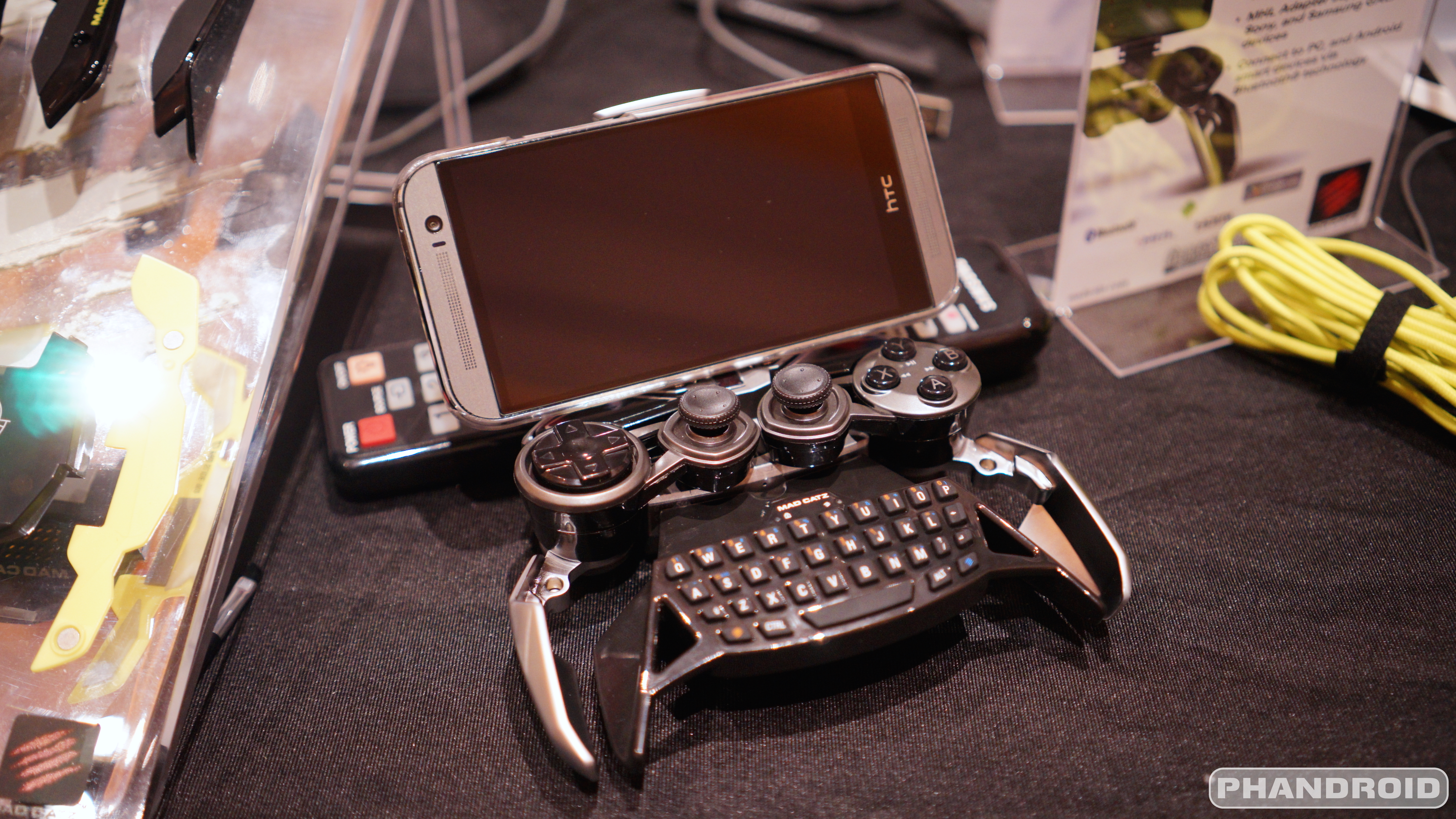 This 300 Mad Catz Mobile Gaming Controller Looks Like It
