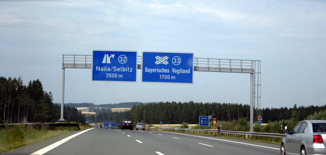 germany 39 s autobahn route set to allow self driving cars. Black Bedroom Furniture Sets. Home Design Ideas