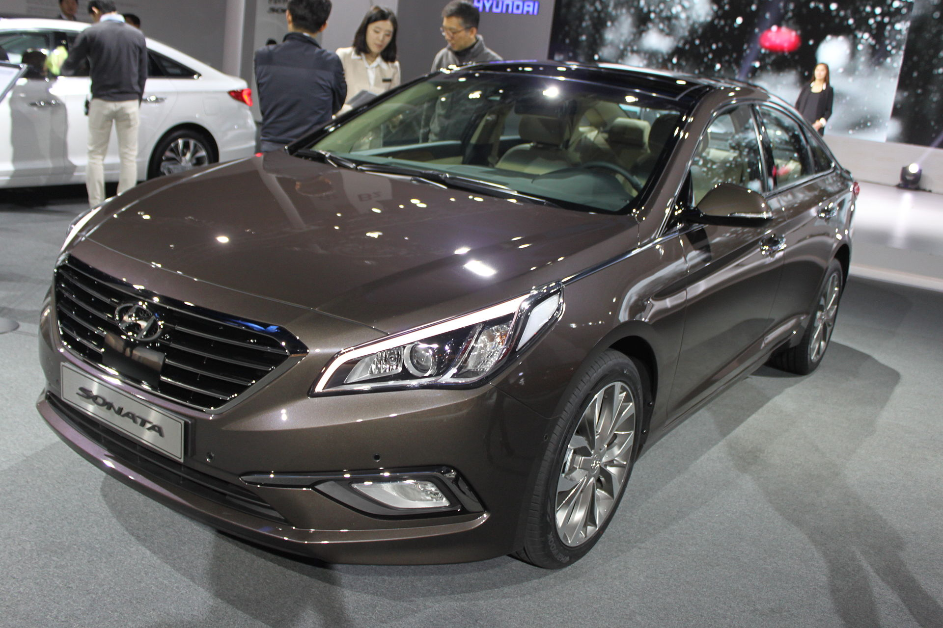 Hyandai is the first car manufacturer to offer Android Auto in a ...