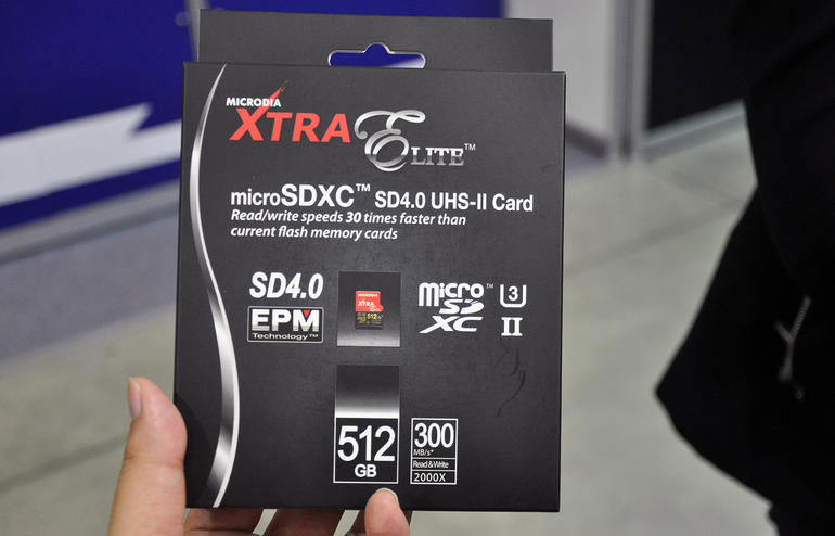the world 39 s first 512gb microsd card has been revealed at. Black Bedroom Furniture Sets. Home Design Ideas