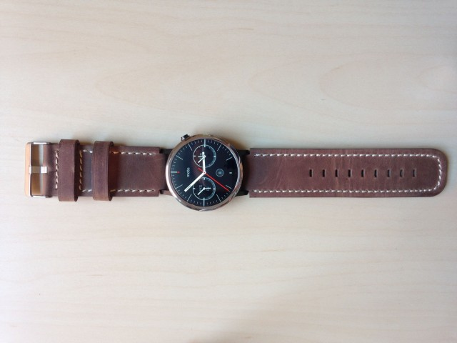 how to change watch band on moto 360