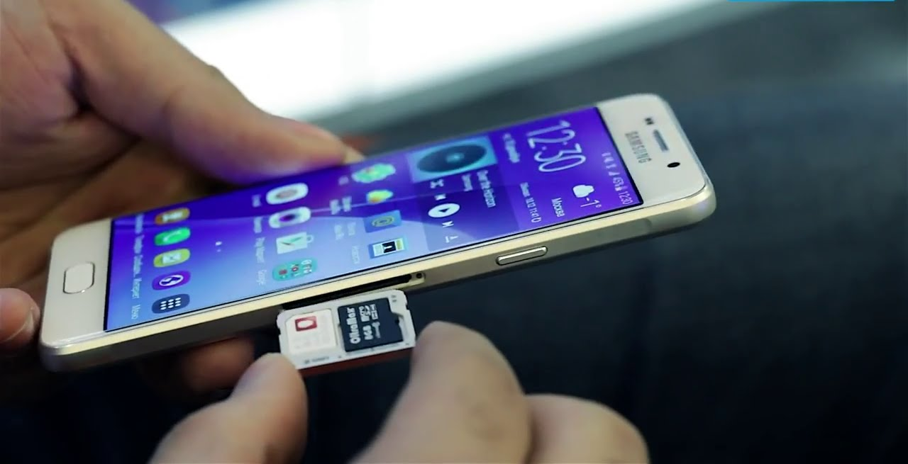 smartphone double sim slot carte sd