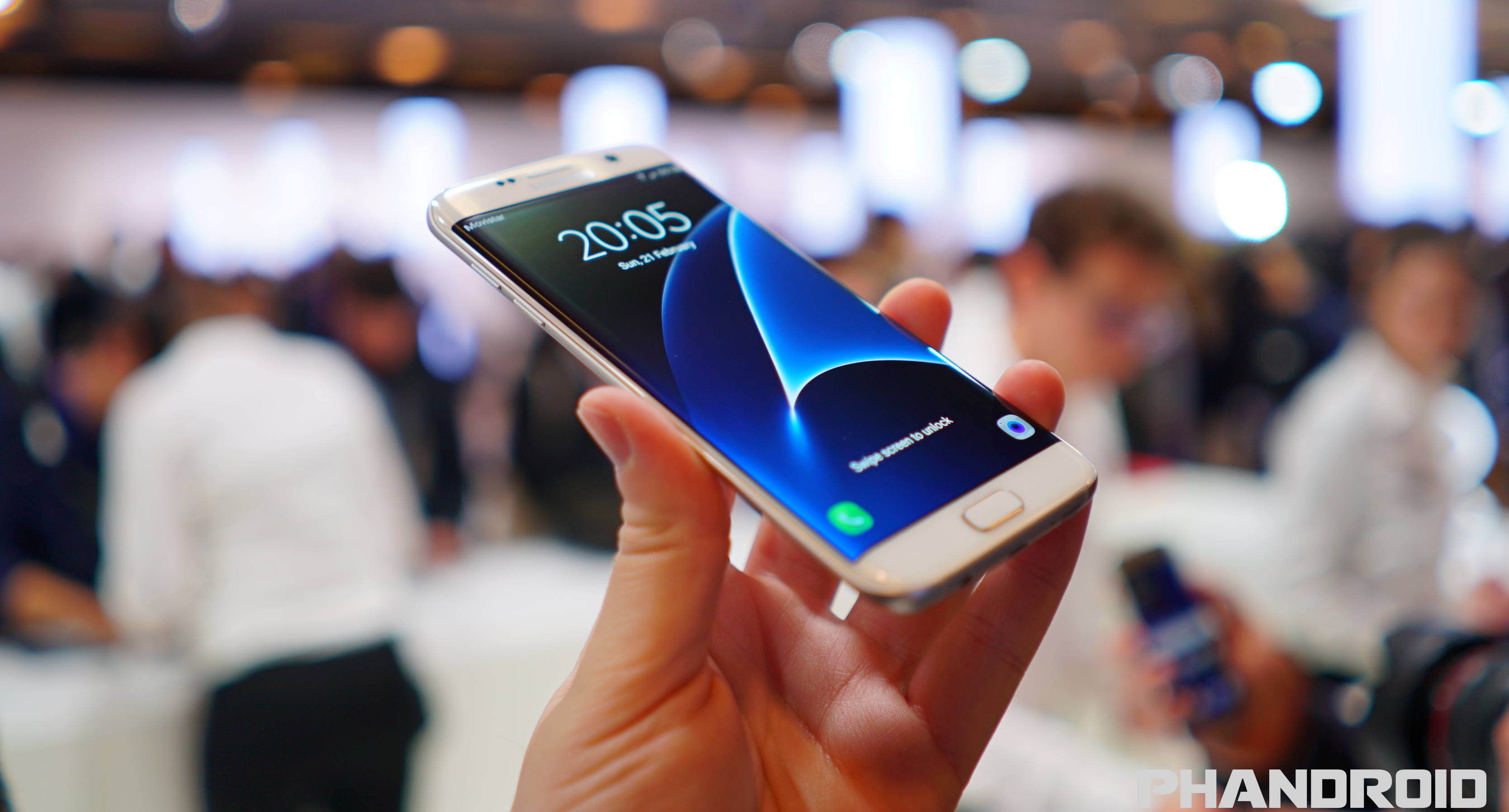 Hands On With The Samsung Galaxy S7 And Galaxy S7 Edge Video