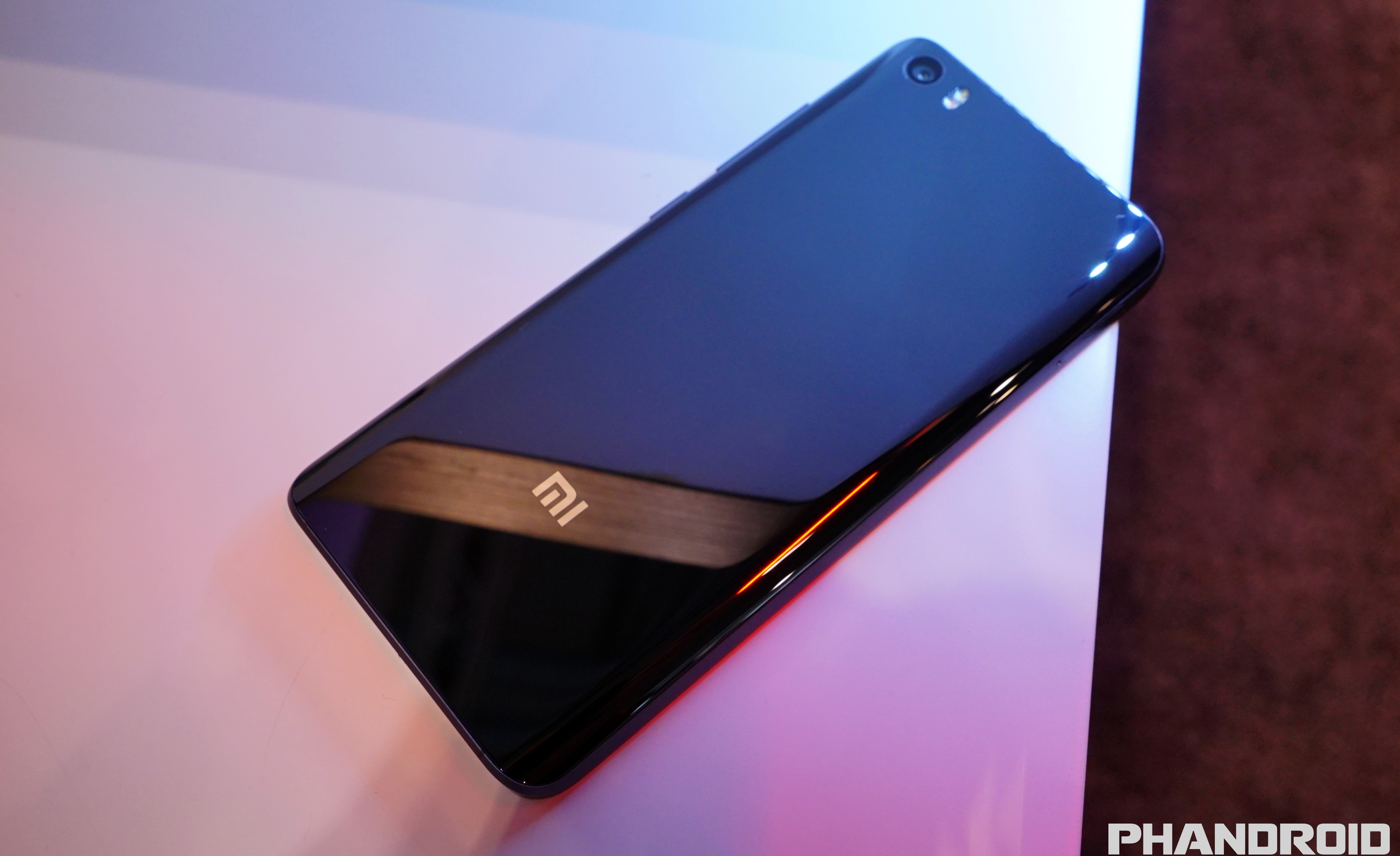 Hands On With The Xiaomi Mi5 Video